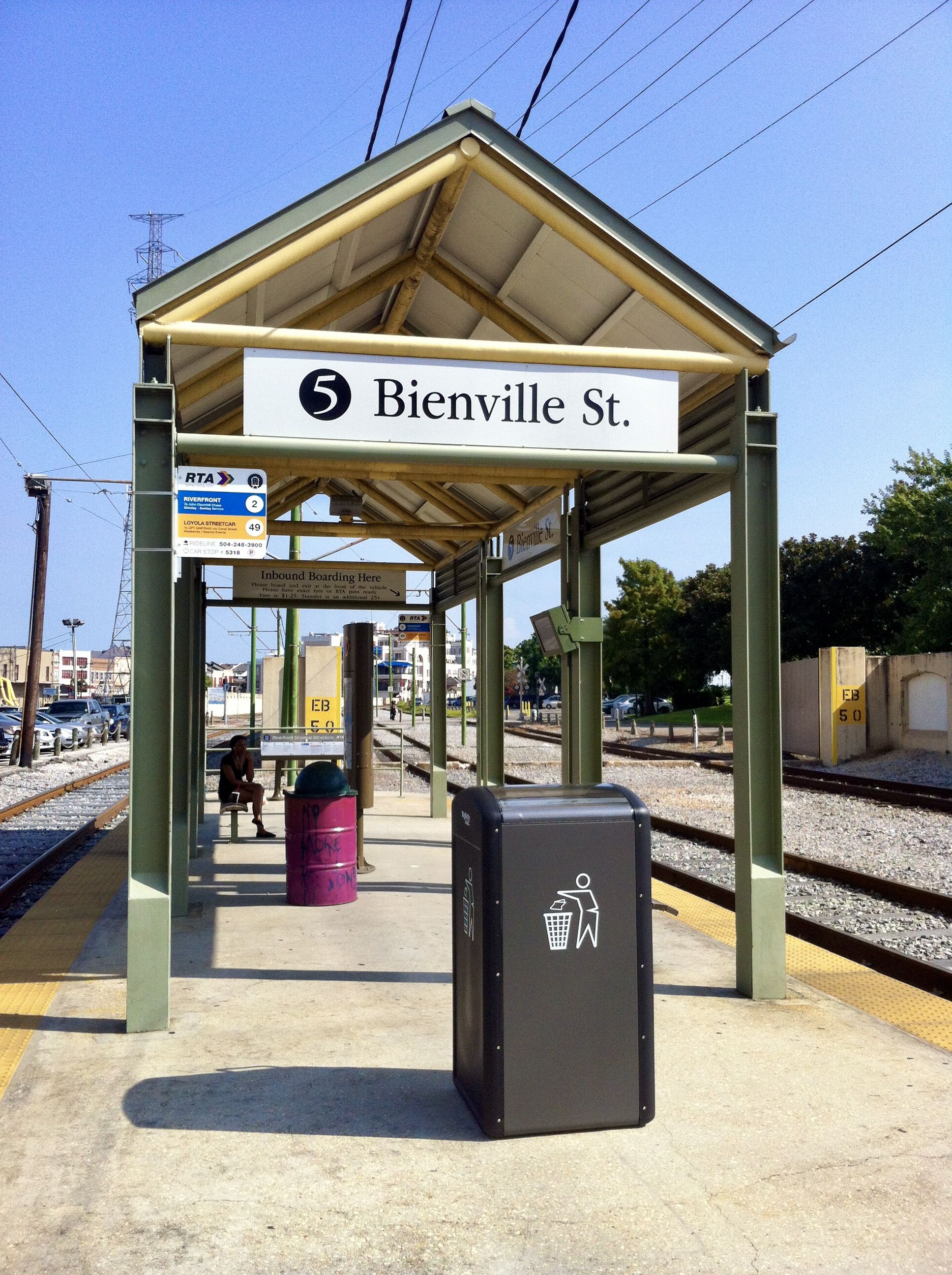 Bigbelly Smart Waste & Recycling New Orleans Bienville Station